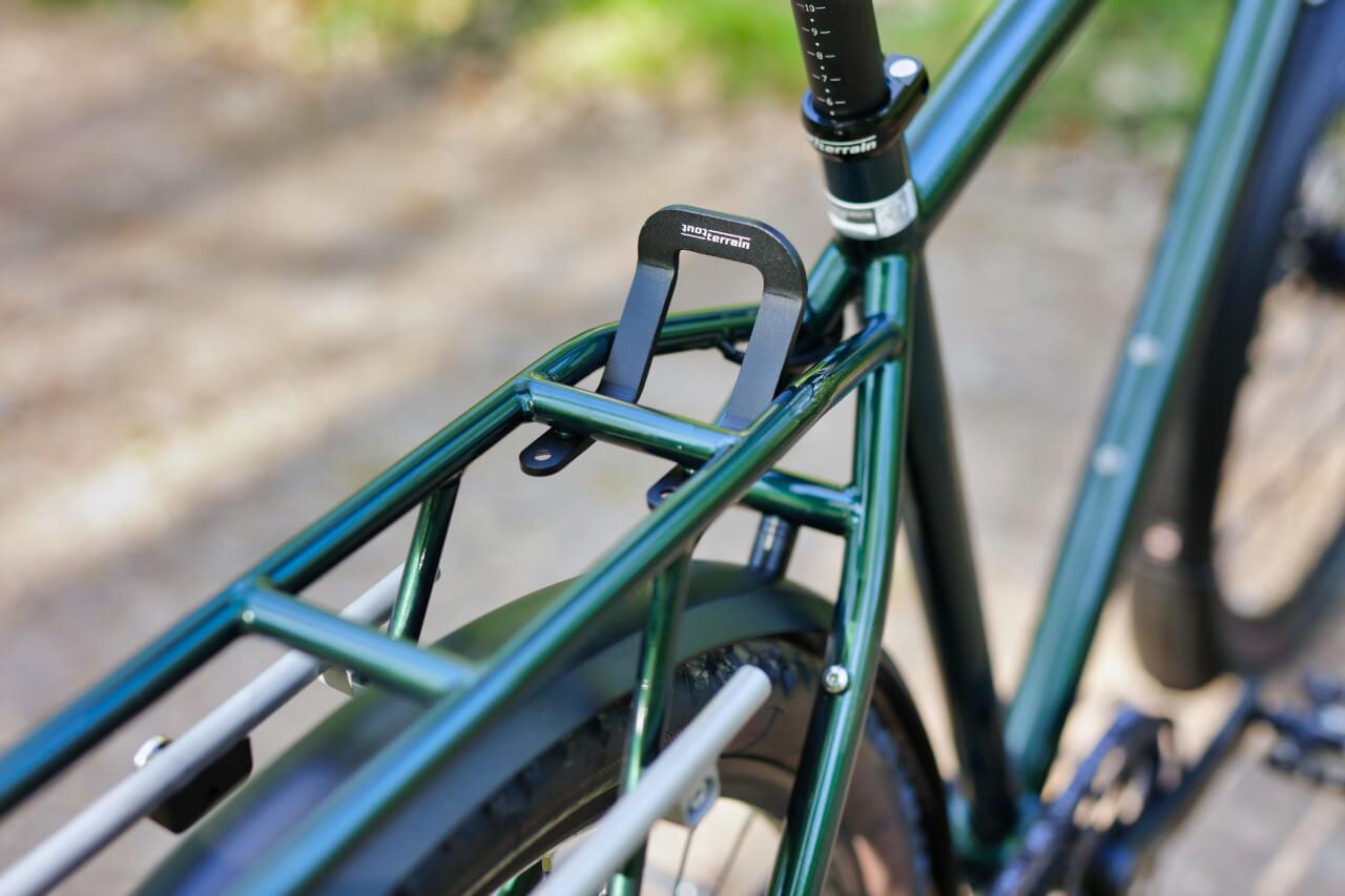 Silkroad-II-26-Frame-Lock-Pack-Roll-Stop